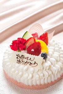 母の日ケーキの写真素材 [FYI01397018]