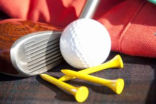 ゴルフ用品とゴルフウェアの写真素材 [FYI01397866]