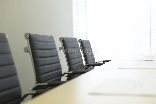 会議室の椅子の写真素材 [FYI01398927]