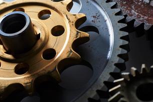 ゼンマイの歯車の写真素材 [FYI01402755]