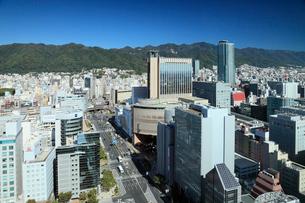 三宮の街並みと神戸市街の写真素材 [FYI01403813]