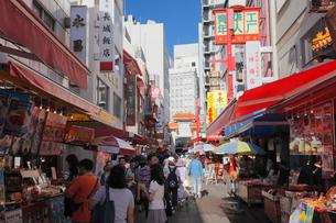 南京町の街並みの写真素材 [FYI01404859]