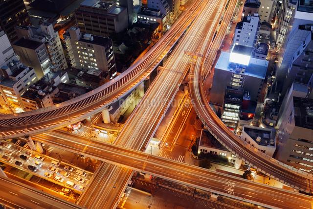高速道路と大阪市街の夜景の写真素材 [FYI01405199]