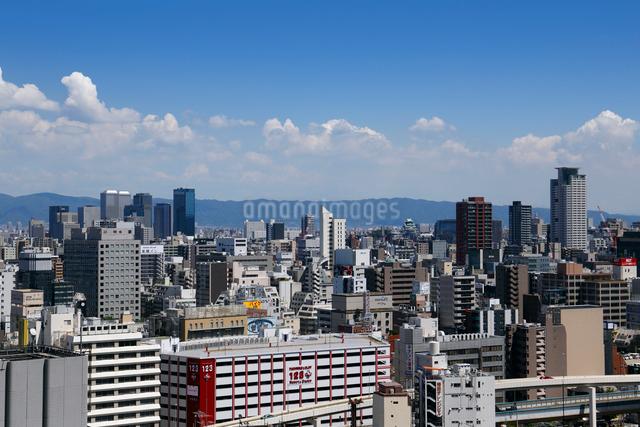 梅田のビル街の写真素材 [FYI01405812]
