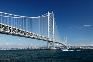 明石海峡大橋の写真素材 [FYI01406220]