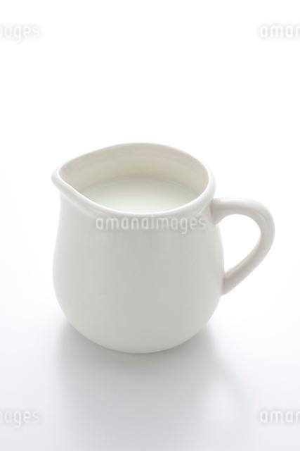 牛乳の写真素材 [FYI01408803]