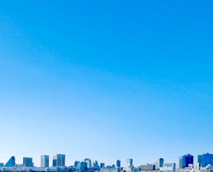 ビルと青空の写真素材 [FYI01409327]