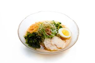 冷麺の写真素材 [FYI01409339]