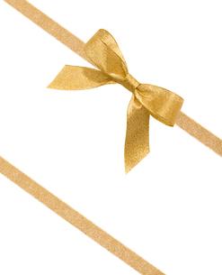 ゴールドのリボンの写真素材 [FYI01409716]