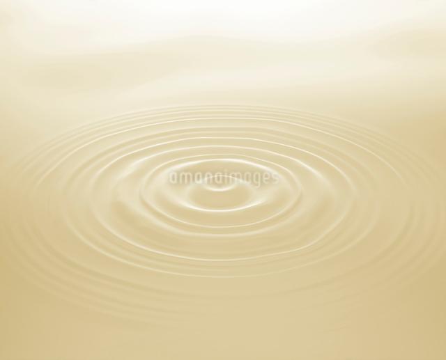 豆乳の波紋の写真素材 [FYI01410298]