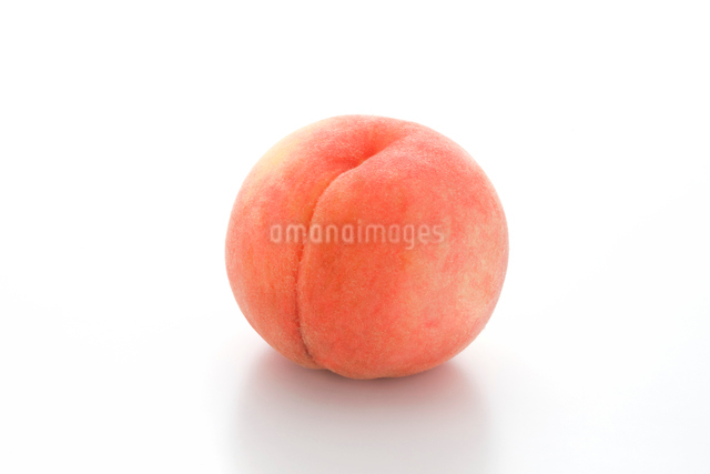 白桃の写真素材 [FYI01410530]