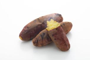 焼き芋の写真素材 [FYI01412246]
