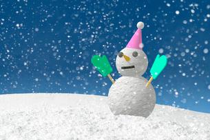 グリーンの手袋をした雪だるまと沢山の雪の写真素材 [FYI01413673]