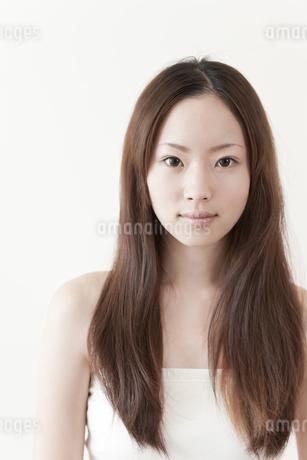 ロングヘアの日本人女性の写真素材 [FYI01414707]