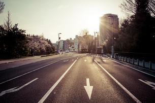 仙台市街と朝日の写真素材 [FYI01416723]