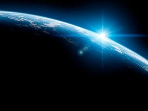 地球と日の出の写真素材 [FYI01420410]