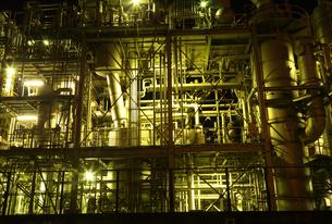 川崎の工場夜景の写真素材 [FYI01422632]