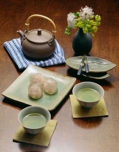 夏の煎茶の写真素材 [FYI01425134]