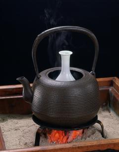 日本酒の熱燗の写真素材 [FYI01425215]