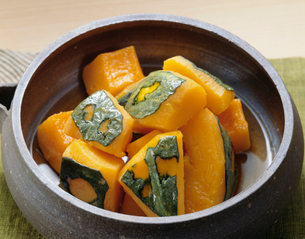 かぼちゃの含め煮の写真素材 [FYI01425476]