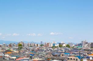 晴れた日の街の写真素材 [FYI01425504]
