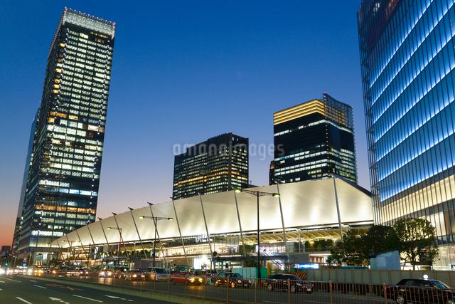 東京駅八重洲口グランルーフの写真素材 [FYI01425679]