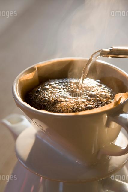 ドリップコーヒーの写真素材 [FYI01426052]