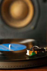レコードとスピーカーの写真素材 [FYI01427359]