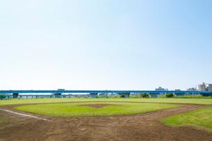 多摩川 野球グラウンドの写真素材 [FYI01427375]