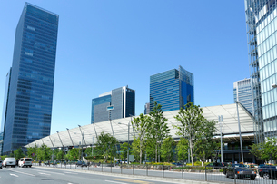 東京駅八重洲口グランルーフの写真素材 [FYI01427440]