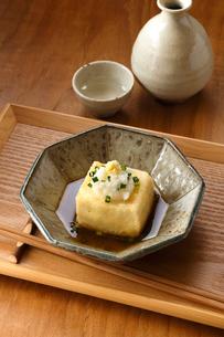 揚げ出し豆腐の写真素材 [FYI01427545]