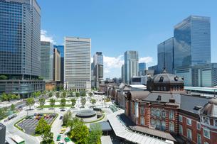 東京駅駅前広場の写真素材 [FYI01427592]