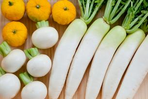 並んだ野菜の写真素材 [FYI01428749]