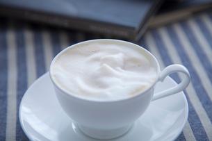 コーヒー カプチーノの写真素材 [FYI01431440]