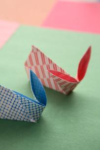 折り紙でつくったうさぎの写真素材 [FYI01431576]