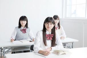 授業中の高校生の写真素材 [FYI01435081]