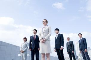 ビジネスウーマンとビジネスマンポートレートの写真素材 [FYI01435911]