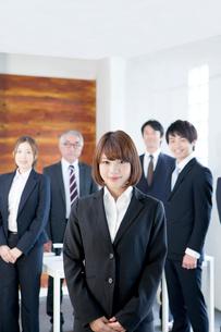 ビジネスチームの写真素材 [FYI01438435]