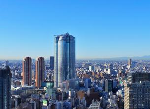 六本木ヒルズ森タワーと六本木の高層ビル群の写真素材 [FYI01442398]