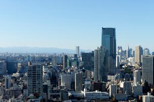 東京タワー展望台から見る東京都心のビル群の写真素材 [FYI01443370]