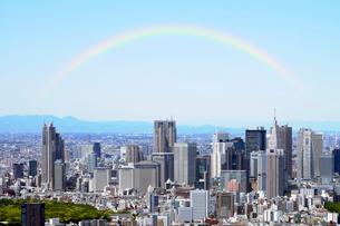 東京シティビューのスカイデッキから見る新宿副都心の写真素材 [FYI01443540]