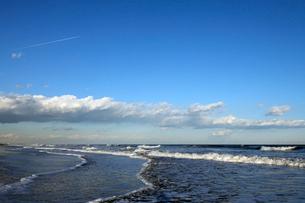 九十九里浜の白波の写真素材 [FYI01443730]