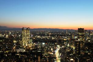 東京タワー特別展望台から見る都心の夕景の写真素材 [FYI01443783]