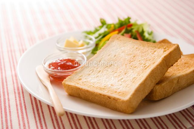 トーストの写真素材 [FYI01445599]
