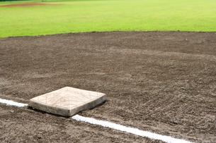 野球場 ベースの写真素材 [FYI01445681]