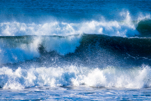 波の写真素材 [FYI01449977]