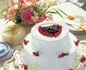 ウエディングケーキの写真素材 [FYI01452694]