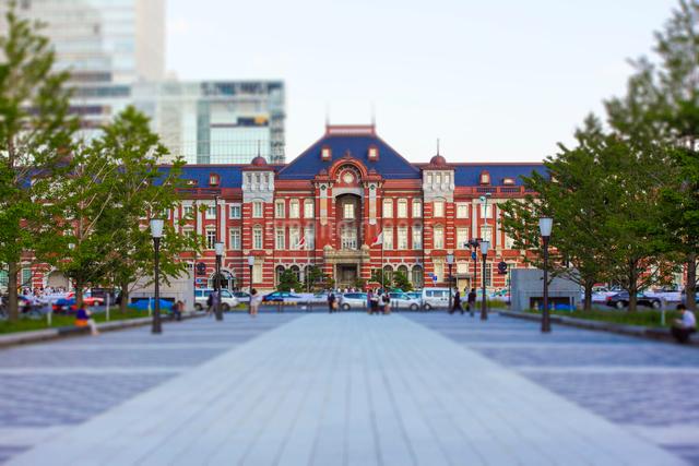 ミニチュア風な東京駅の写真素材 [FYI01453499]