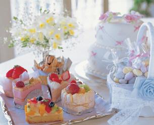 ウェディングケーキの写真素材 [FYI01455685]