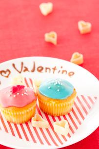 バレンタインカップケーキの写真素材 [FYI01456403]